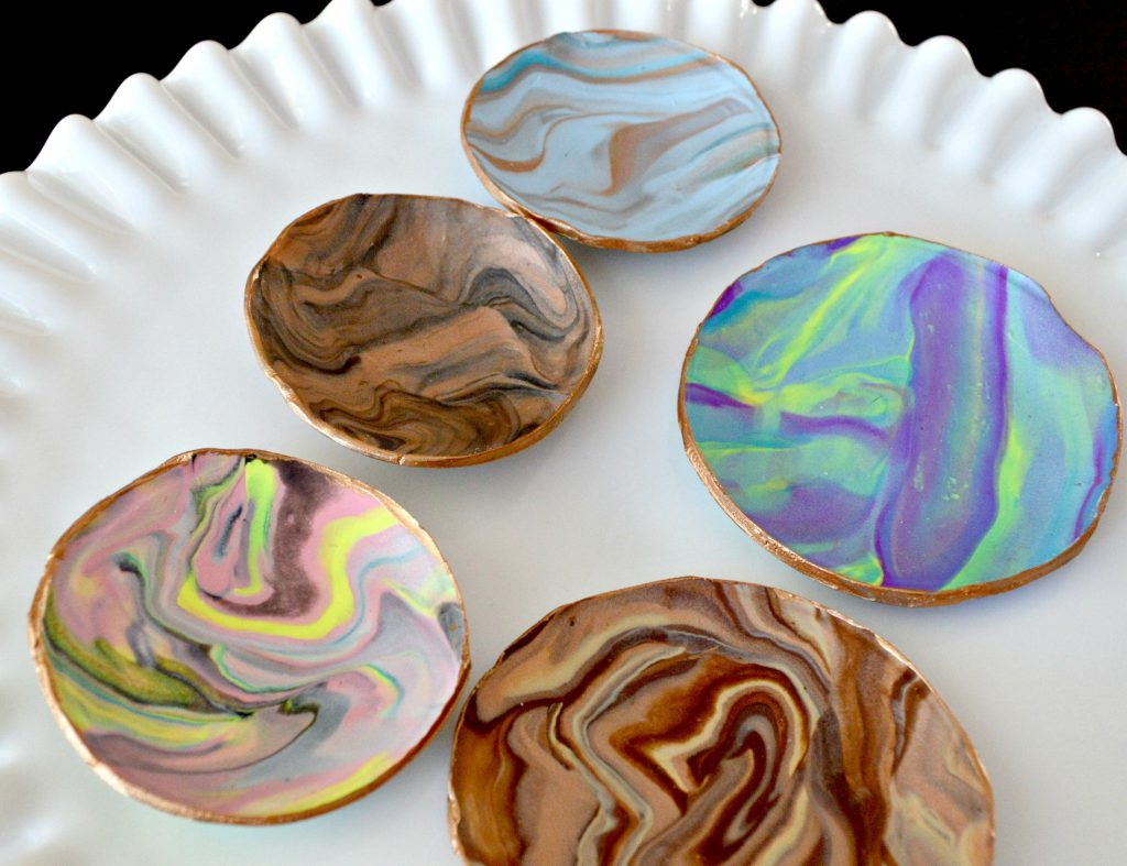 These Dishes Are The Perfect Beginner Project With An Easy To Follow Polymer Clay Tutorial You Need And Thats It Can Use Stuff Have In Your