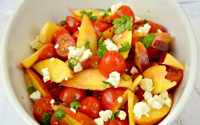 Simple Summer Salad with Tomato and Nectarine