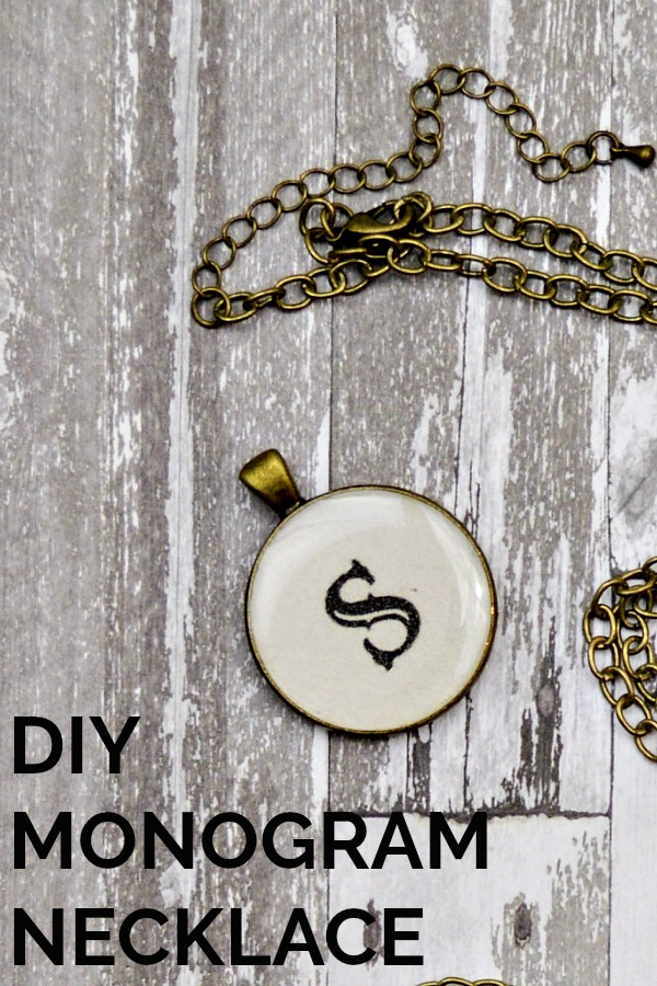 You can make a pretty DIY Monogram Necklace with Resin. It's a so simple craft!